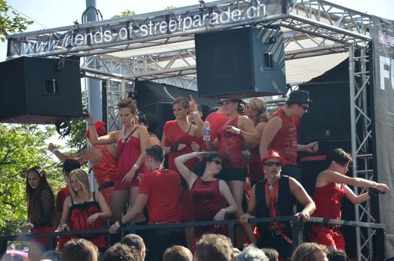 2012-08-11 - Street Parade 2012 - 016