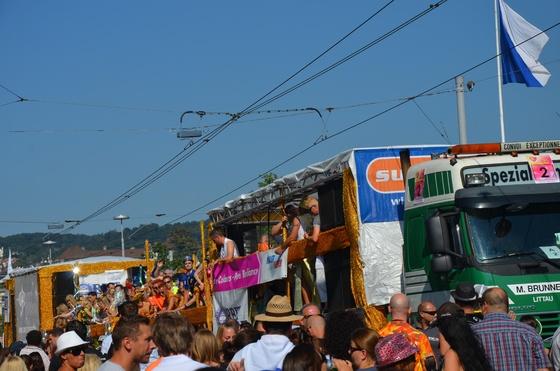 2012-08-11 - Street Parade 2012 - 027
