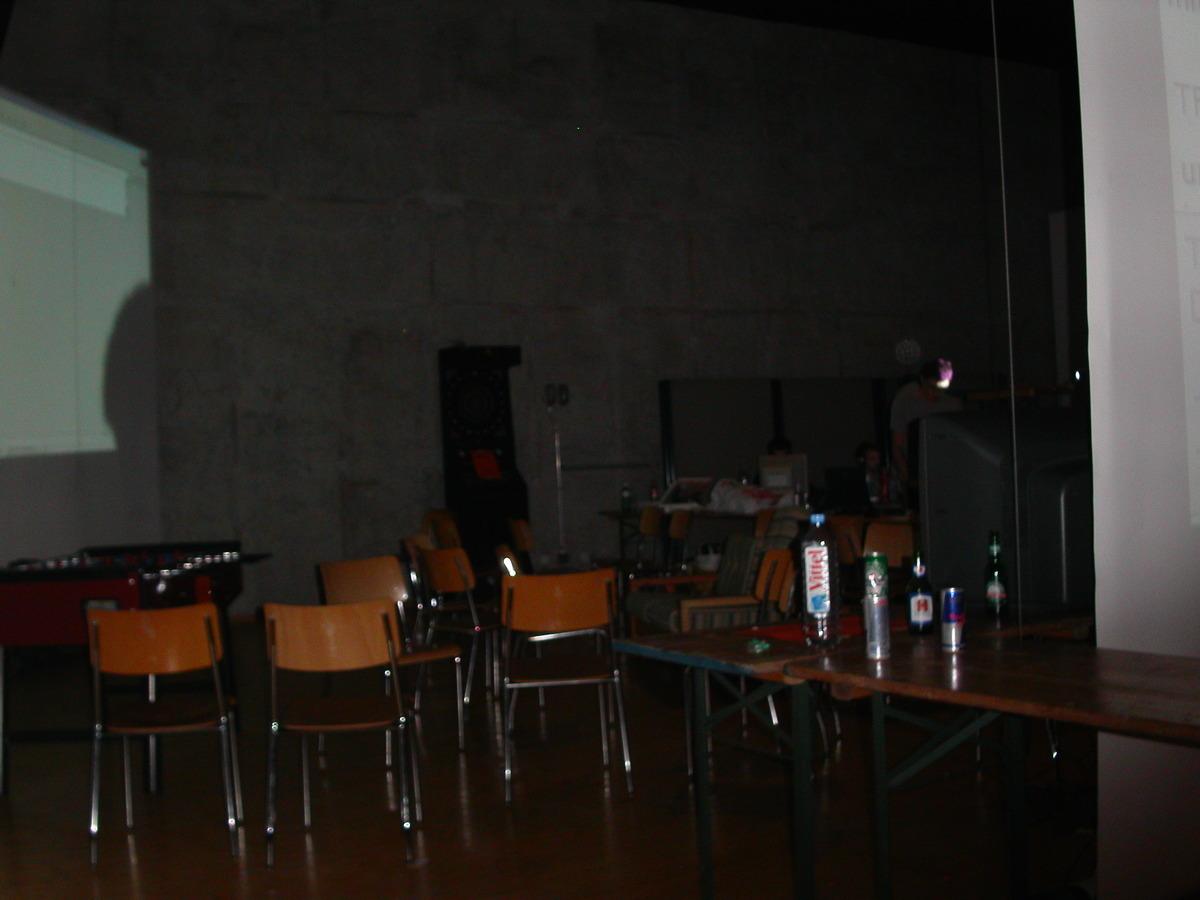2003-10-03 - CAD 4 - 011