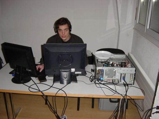 2010-04-02 - sLANp VIP X - 011