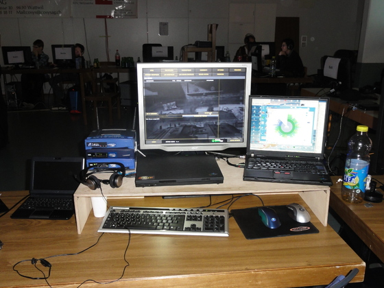 2010-11-06 - tLAN 2010-2 - 006