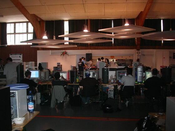 2003-09-05 - Lanforce V - 012