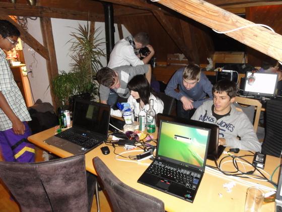2011-11-19 - Last-A-Night v4.0 - 001