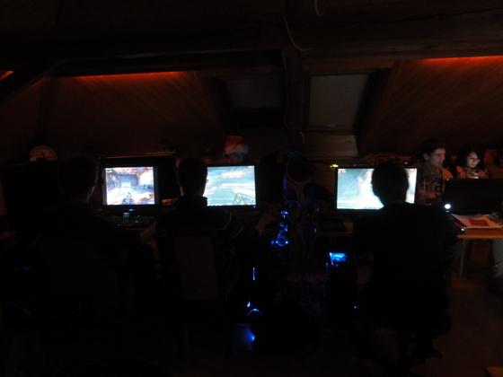 2012-01-06 - Last-A-Night v5.0 - 016