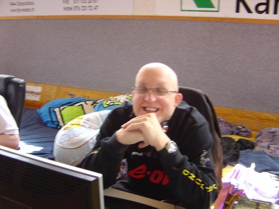 2006-04-14 - LAN Radballhalle 06 - 011