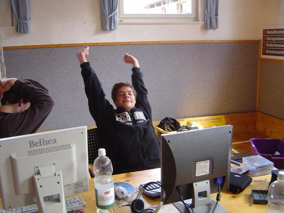 2006-04-14 - LAN Radballhalle 06 - 015