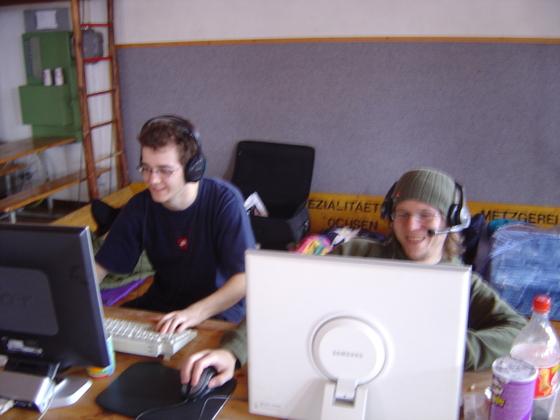 2006-04-14 - LAN Radballhalle 06 - 019