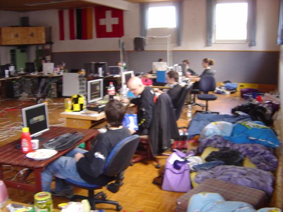 2006-04-14 - LAN Radballhalle 06 - 028