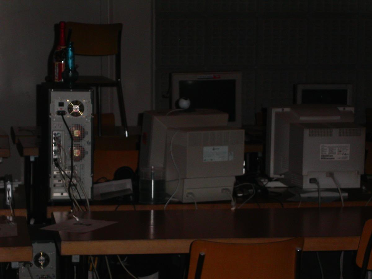 2004-02-06 - CAD 5 - 005