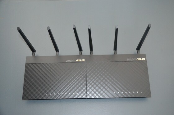 2013-04-13 Unboxing ASUS RT-AC66U - 011
