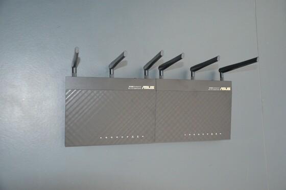 2013-04-13 Unboxing ASUS RT-AC66U - 012
