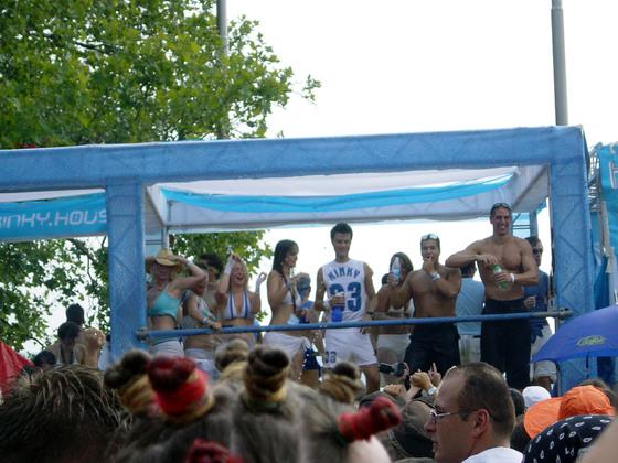 2003-08-09 - Streetparade 2003 - 001
