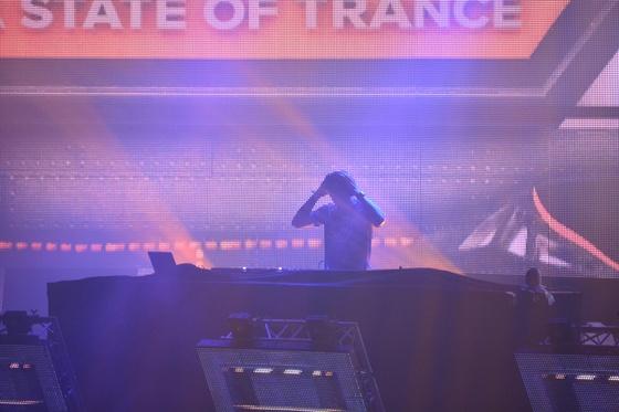 2014-02-15 - A State Of Trance 650 New Horizon Utrecht - 020