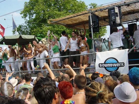 2003-08-09 - Streetparade 2003 - 007