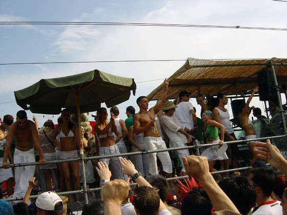 2003-08-09 - Streetparade 2003 - 009
