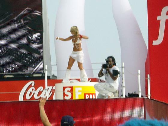 2003-08-09 - Streetparade 2003 - 012