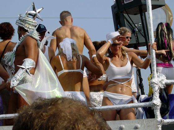 2003-08-09 - Streetparade 2003 - 025