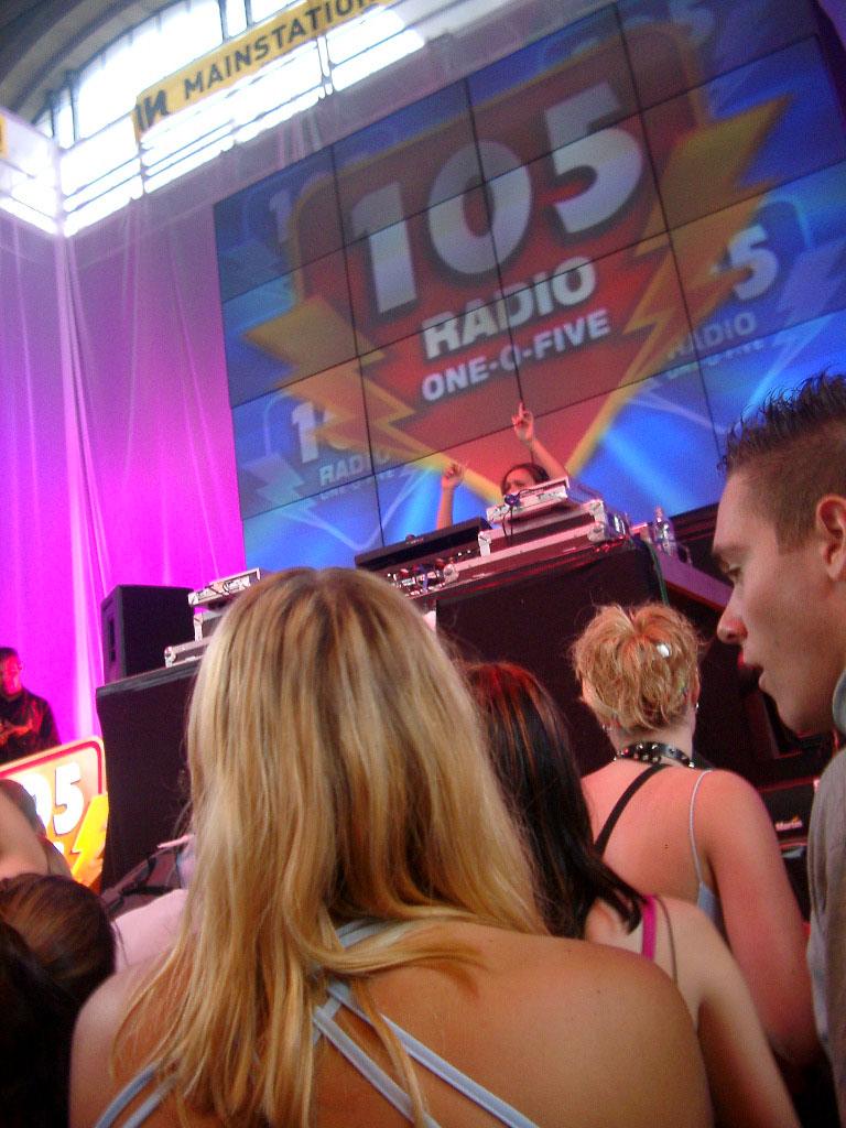2002-08-10 - Streetparade 2002 - 025