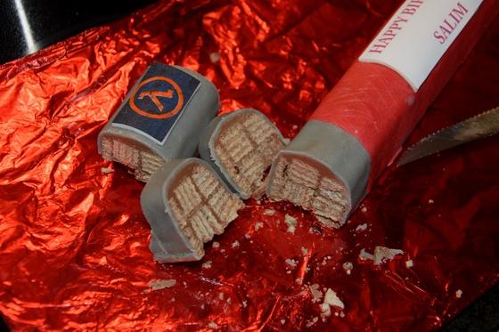 Gordon Freeman chocolate crowbar - 005