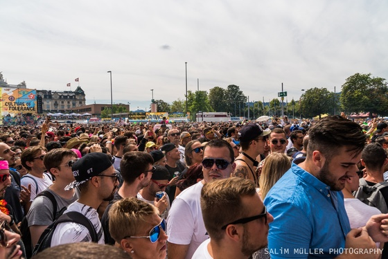 Street Parade 2018 - Crowd, Stages and Still-Life - 002