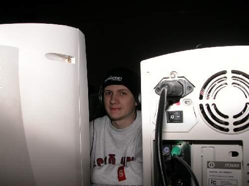 2004-02-13 - Fire-LAN - 006