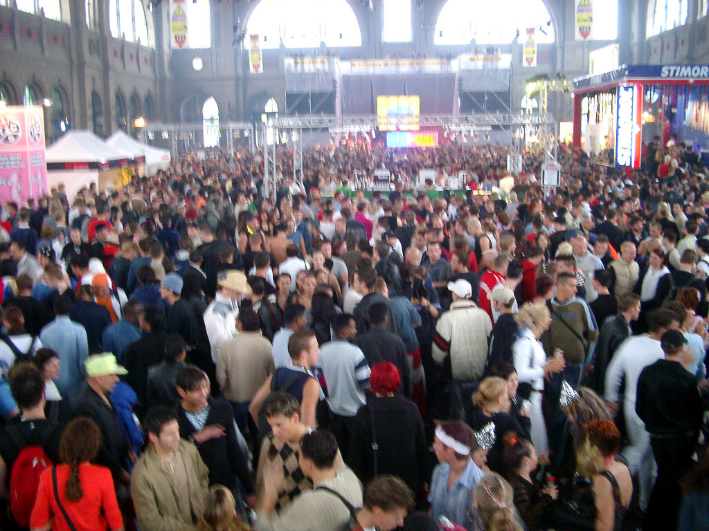 2002-08-10 - Streetparade 2002 - 052