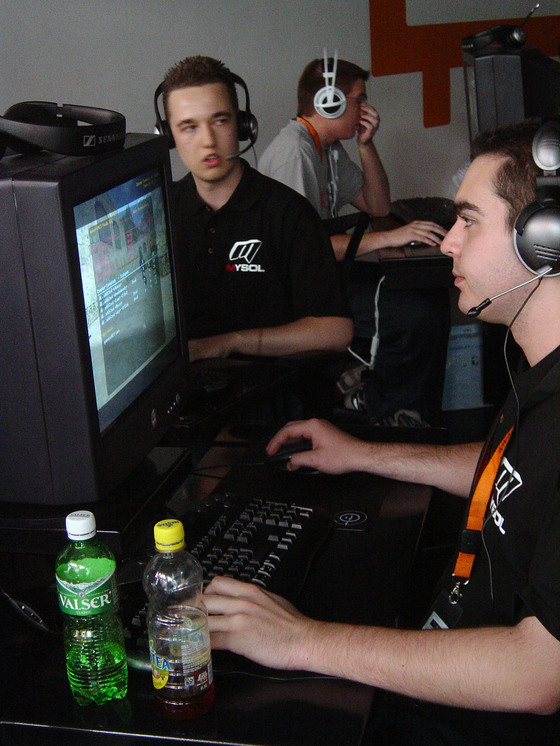 2005-08-14 - gamersNET CS WCIII NFSU Finals - 005