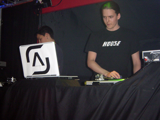 2006-01-21 - House Anthems - 004