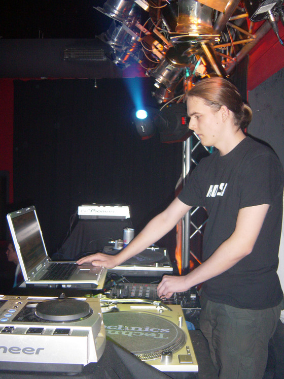 2006-01-21 - House Anthems - 008