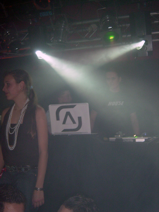 2006-01-21 - House Anthems - 013
