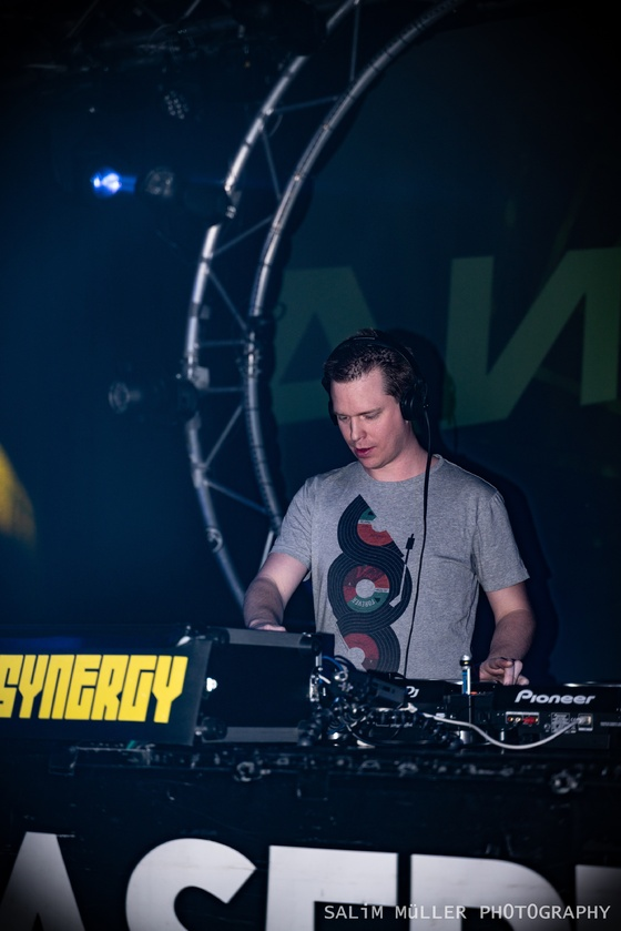 SYNERGY at Alte Kaserne with Richard Durand & Woody Van Eyden - 005