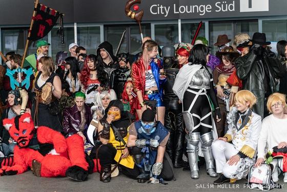 Fantasy Basel 2019 - SA - Cosplay Gruppenfoto - 012