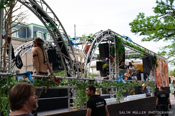 Street Parade 2019 - SYNERGY The Stone Age Love Mobile - 020