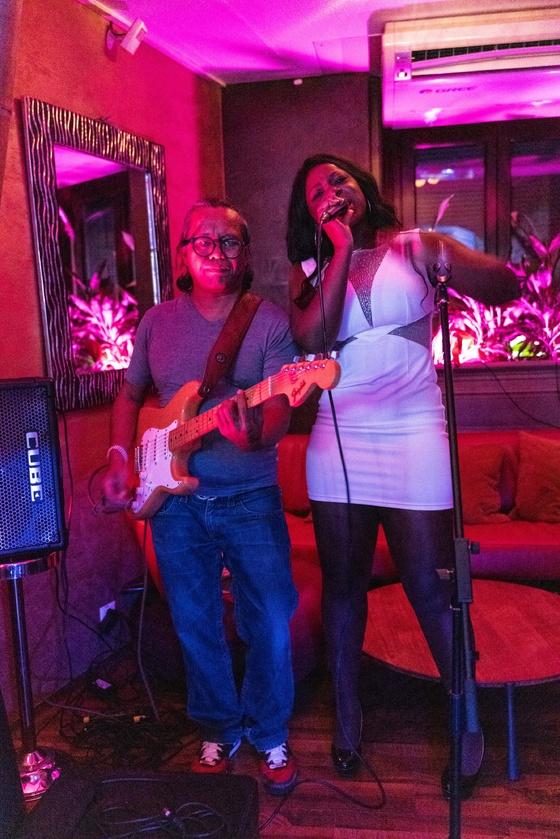 Ester Nilsson Birthday Party Bar Fly - 009