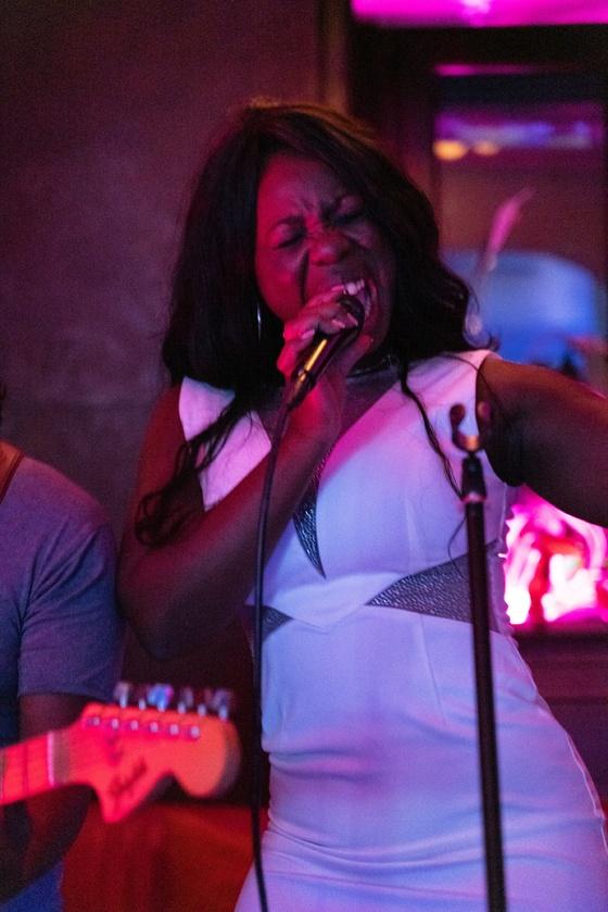Ester Nilsson Birthday Party Bar Fly - 010