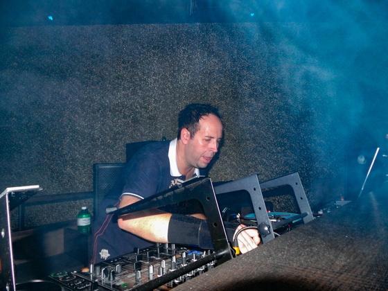 Sektor11 - Futurescope feat. 25 Years DJ Snowman with Stoneface & Terminal - 005