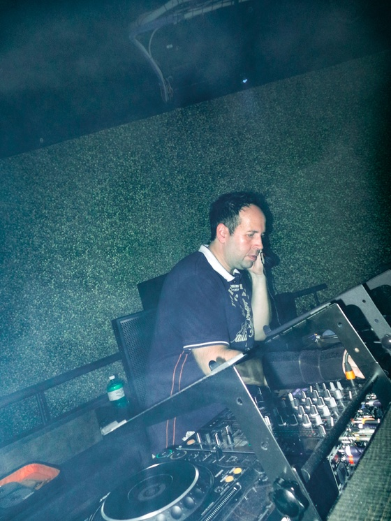 Sektor11 - Futurescope feat. 25 Years DJ Snowman with Stoneface & Terminal - 006