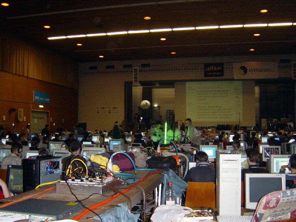 2002-12-20 - sLANp V - 010