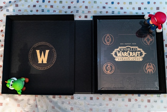 World of Warcraft Shadowlands Collector's Edition Unboxing - 005