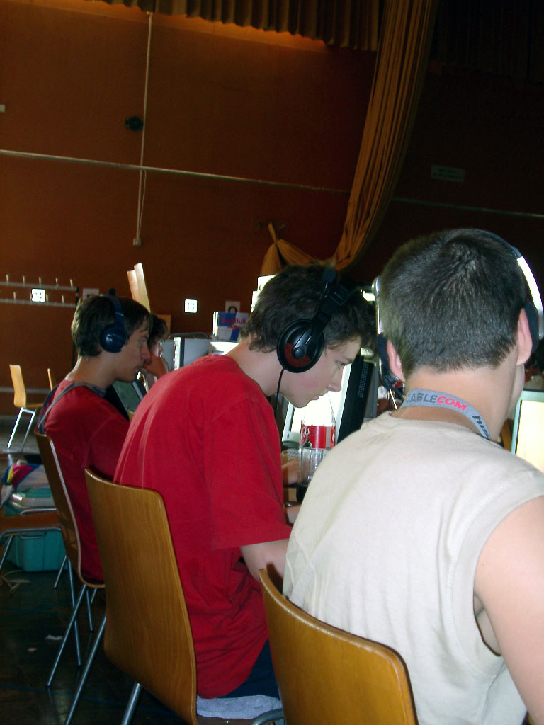 2002-06-21 - sLANp IV - 133