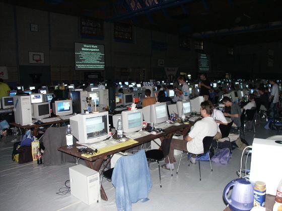 2001-09-29 - sLANp III - 020