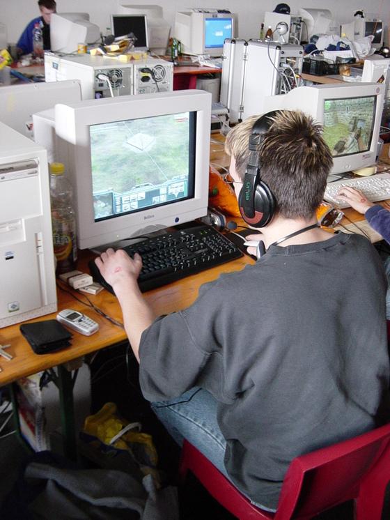 2003-03-28 - Netgame XL 2003 - 009