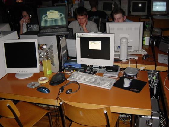2004-02-06 - CAD 05 - 005