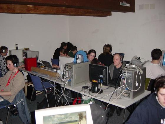 2004-03-06 - sLANp VIII - 005