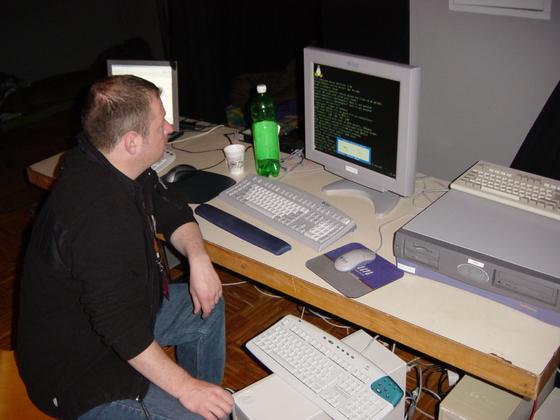 2004-04-08 - sLANp IX - 004