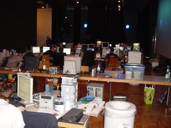 2004-04-08 - sLANp IX - 006