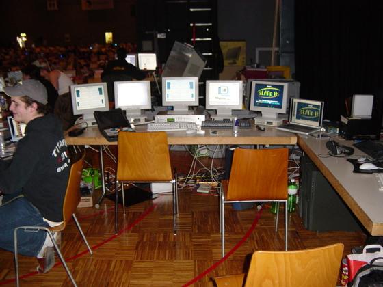 2004-04-08 - sLANp IX - 010
