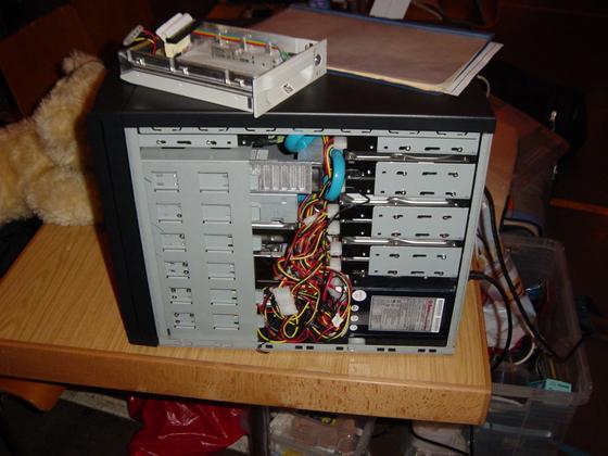 2004-04-08 - sLANp IX - 030