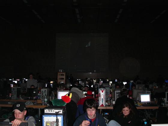2004-03-12 - Time2wonder 2k4 - 006