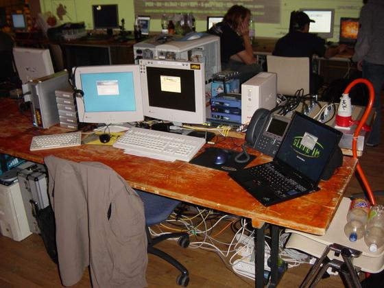 2005-11-18 - sLANp XII - 005